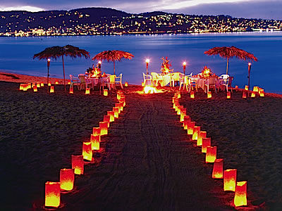 Dotted Along The Pacific Coast Sits Some Absolutely Incredible Venues For A One Of Kind Wedding Carmel And Monterey California Offer Breathtaking